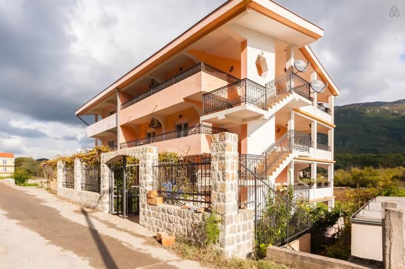 lux apartmane u Lastvi grbaljskoj