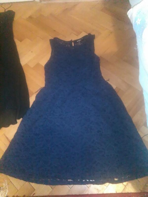 Nudim dvije haljine za 40 eura